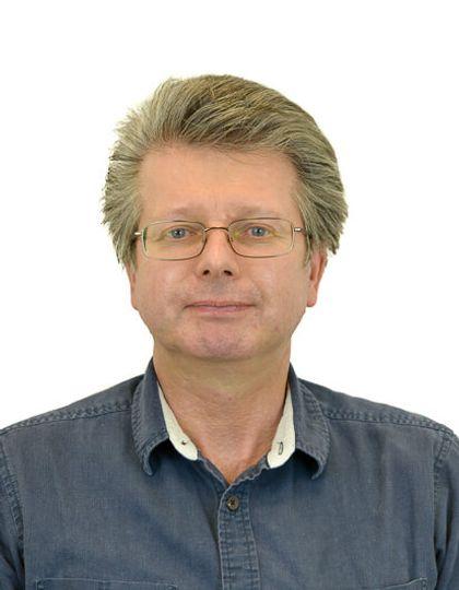 Mr Edward Simpson