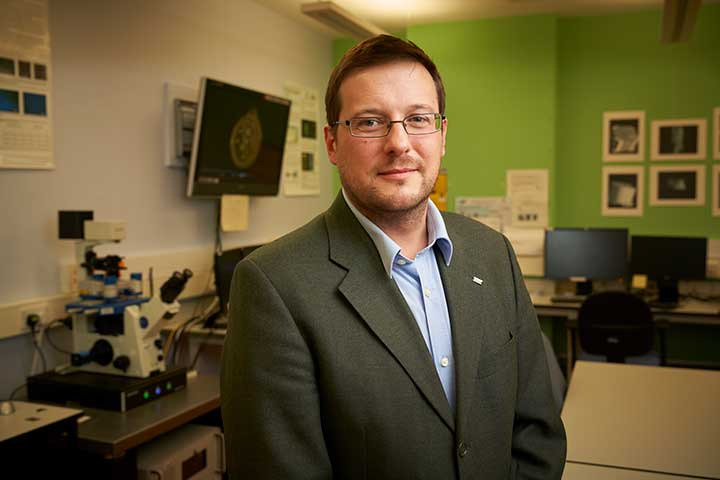 Dr Ben Jones