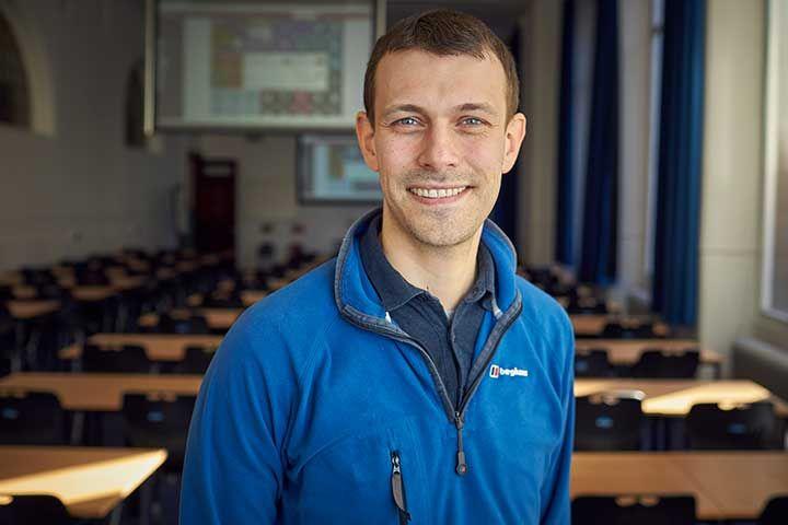 Dr Craig Stark