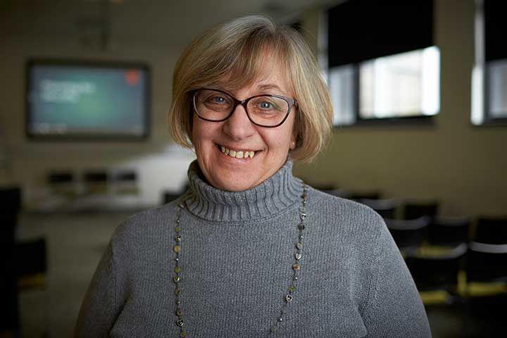 Dr Jacqueline Archibald