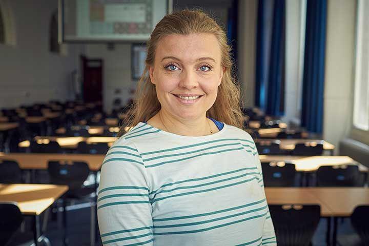 Dr Sarah Cottin